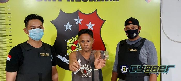 Sembunyikan Sabu-sabu didalam Tas, Seorang Pria di Labura dibekuk Polisi