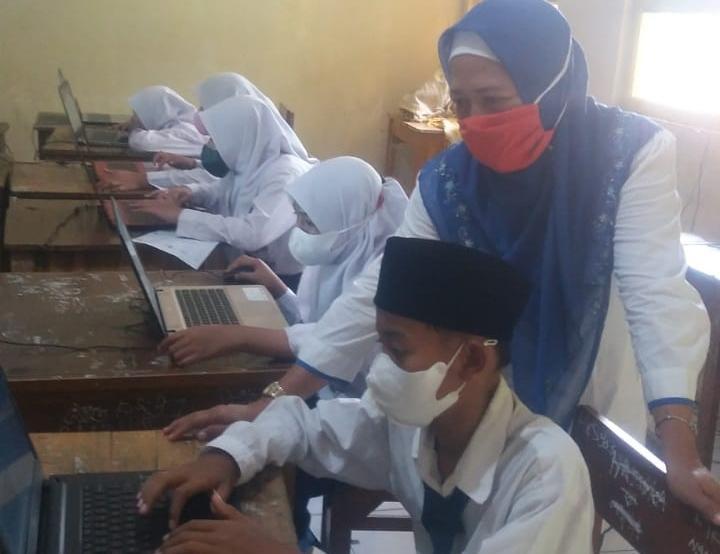 DPD KPK Tipikor Kota Serang Kunjungi MTs Mitahul Jannah.