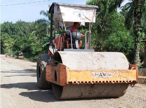 Perlahan Tapi Pasti PUPR Mesuji Terus Perbaiki Ruas Jalan Rusak dan Tangani Banjir