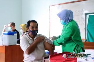 Di Ciamis, Kabid Dokkes Polda Jabar Monitoring Pelaksanaan Vaksinasi Untuk Anak Usia 12-17 Tahun dan Lansia