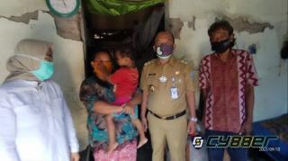 Ganjar Pranowo Perintahkan Baznas Bantu Keluarga Balita Pemakan Pasir