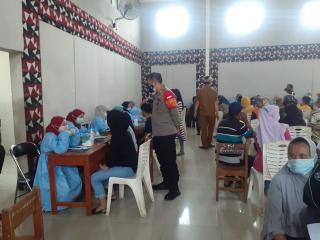 Cegah Covid-19, Polri Gelar Vaksinasi di Gor Kelurahan Baleendah