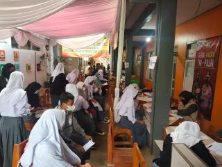Gerai Vaksin Presisi untuk Siswa dan Tenaga Pengajar SMA PGRI Rancaekek