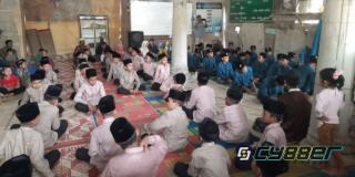 Masyarakat Gampong Krueng lingka Barat Kecamatan Baktiya Rayakan Maulid Nabi Muhammad SAW