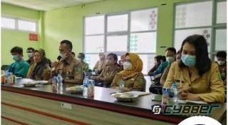 Sepriadi Plt. Direktur RSUD Indrasari Rengat Sambut Rezita Meylani Yopi dan Management RS Awal Bross