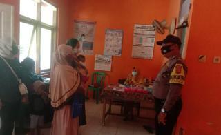 Polisi Monitoring Vaksinasi Balita dan Ibu Hamil