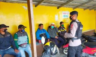 Patroli Covid-19 Sat Brimob Polda Jabar Berikan Edukasi Prokes di Pangkalan Ojek Ciherang
