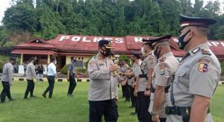 Pimpin Sertijab Pejabat Utama di Polres Raja Ampat, Kapolres Ingatkan Libatkan Semua Komponen