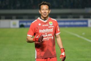 Kiper I Made Wirawan Resmi Bertahan diPersib Bandung JelangTurnamen Pramusim Piala Menpora 2021
