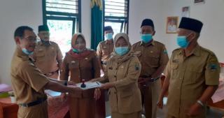 Sertijab Kepala SDN 4 Sidodadi Dari Wagiman Kepada Ana Mutiara