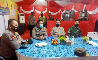 Panatwil Polres Lebak Melakukan Pengawasan Pos Ops Ketupat Maung 2021