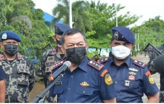 Curi Cumi-Cumi di Perairan Natuna, 5 Kapal Vietnam Ditangkap KKP