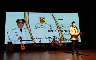 Gerakan Gawe Bedas dan Disparbud Peringati Hari Puisi Nasional