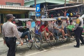 Cegah dan Kendalikan Covid-19, Ops Yustisi Sasar Pengguna Jalan di Pasar Tradisional Kadipaten Majalengka