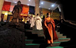 Perayaan Waisak 2565 Tahun Buddhis Disiarkan secara Daring